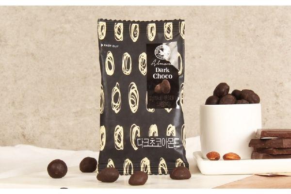 Almond Dark Choco (다크초콜릿아몬드)