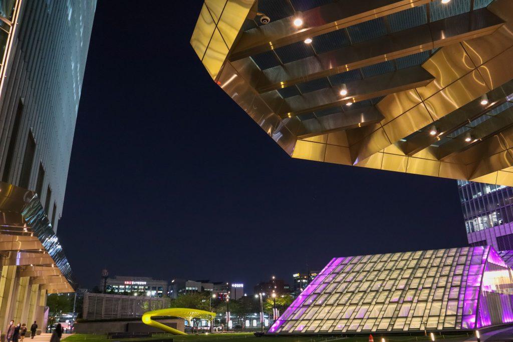 Lingua-Asia_Seoul_Night-Photo_2021