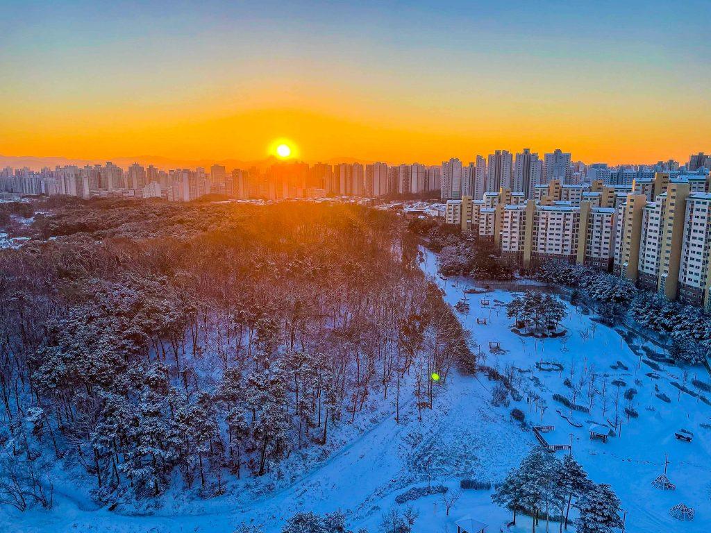 Lingua Asia_South Korea_Apartment_Winter_View_2021